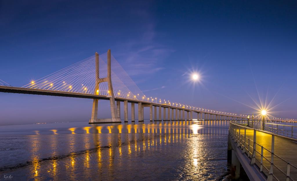 Blue hour Lisbon Vasco da Gama