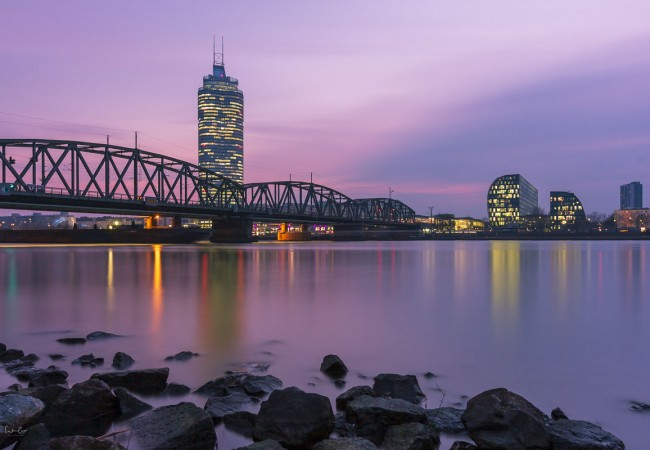 Your blue hour photography guide: How to take stunning photos