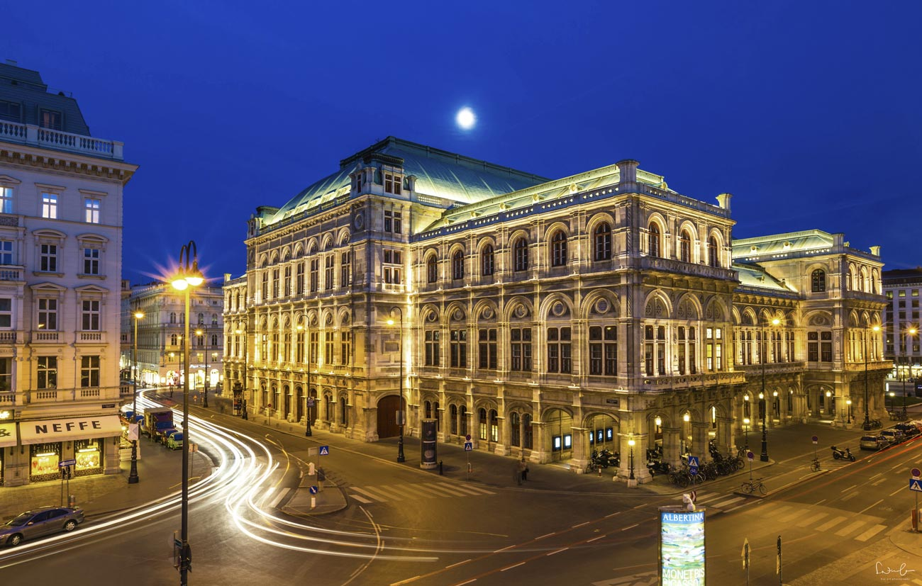 Blue hour Vienna opera