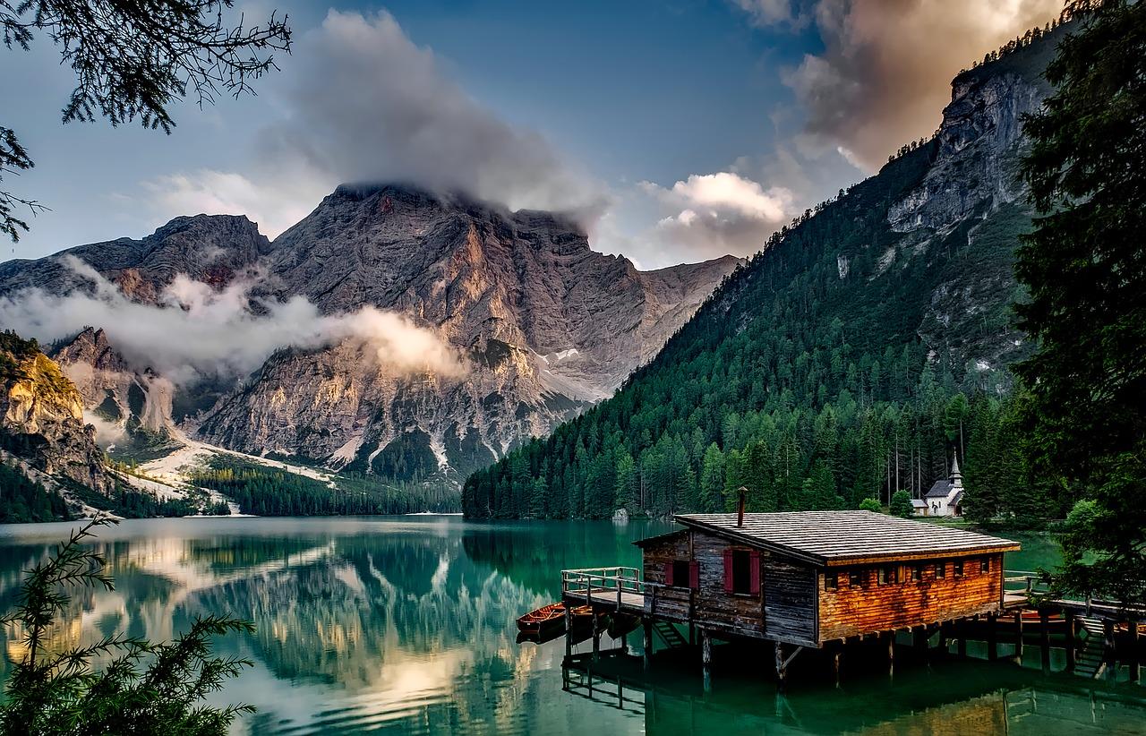 Travel inspiration Europe Pragser Wildsee